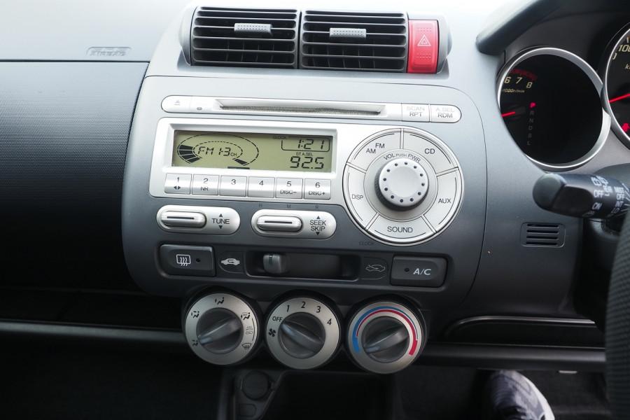 2006 MY05 Honda Jazz GD MY05 VTi Hatchback Image 10