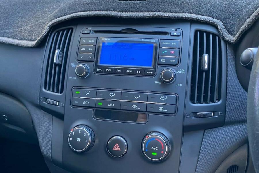 2012 MY11 Hyundai i30 FD MY11 Trophy Hatchback Image 8