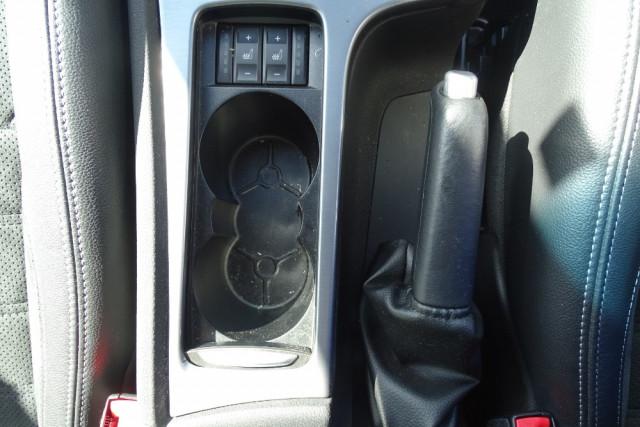 2014 Ford Mondeo Titanium Hatch 17 of 21