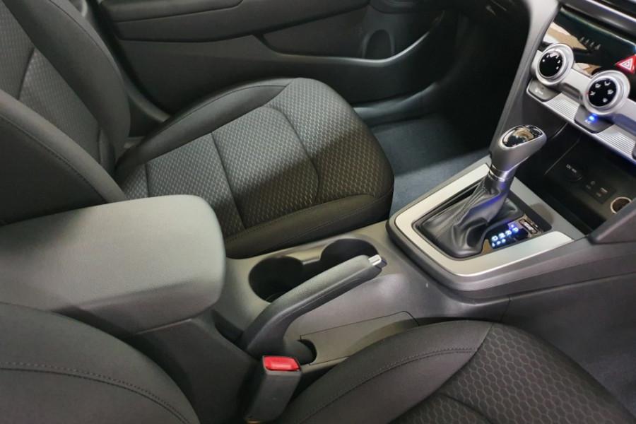 2019 Hyundai Elantra AD.2 Active Sedan Image 11