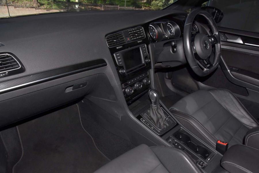 2015 MY16 Volkswagen Golf Hatch Image 9