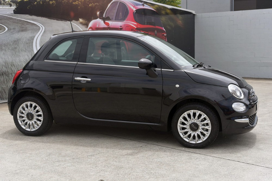 2018 Fiat 500 Series 6 Pop Hatchback Mobile Image 4