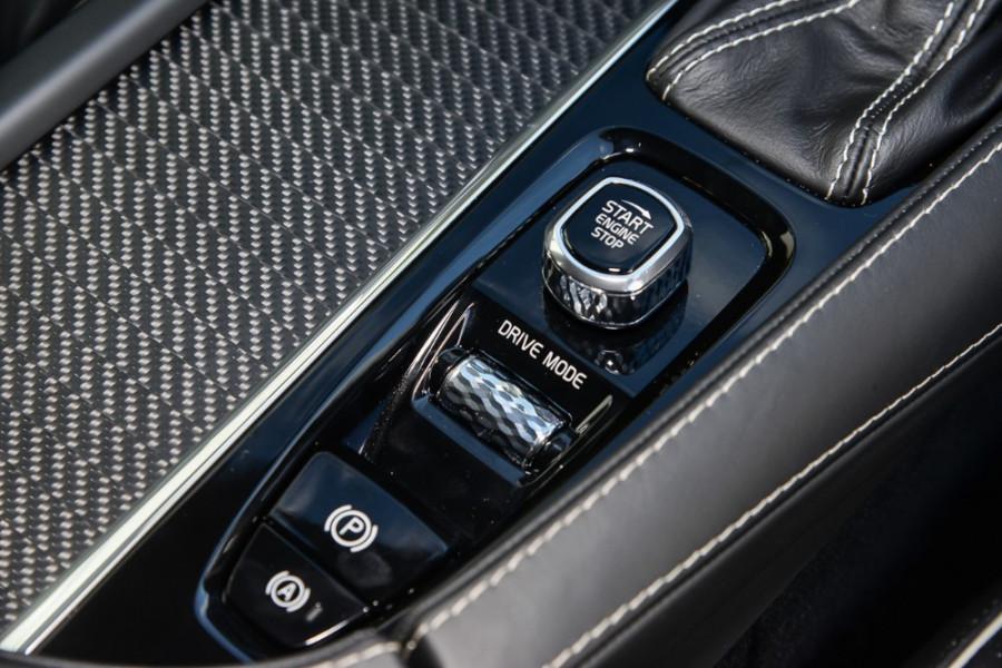 2018 Volvo XC90 L Series D5 R-Design Suv Mobile Image 13