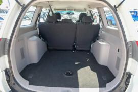 2012 Mitsubishi Challenger PB (KG) MY12 Wagon Mobile Image 5