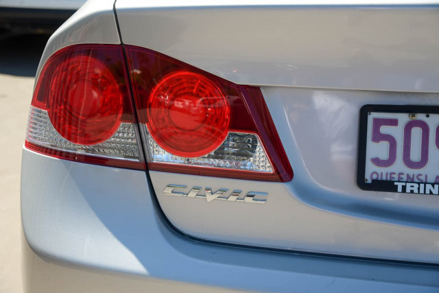 2008 Honda Civic 8th Gen MY08 VTi Sedan Image 17
