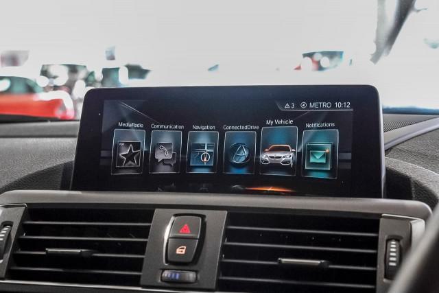 2016 BMW M2 F87 Coupe Image 11