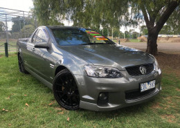 Holden Commodore SS THUNDER VE II MY12