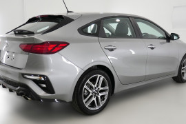 2019 MY20 Kia Cerato Hatch BD Sport Plus with Safety Pack Hatchback Image 4