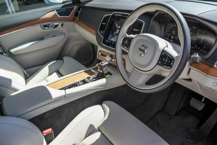 2018 MY19 Volvo XC90 L Series D5 Inscription Suv Mobile Image 6