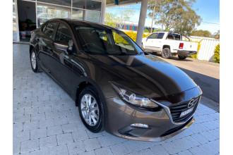 2015 Mazda Mazda3 MAZDA3 K 6AUTO Sedan Image 3