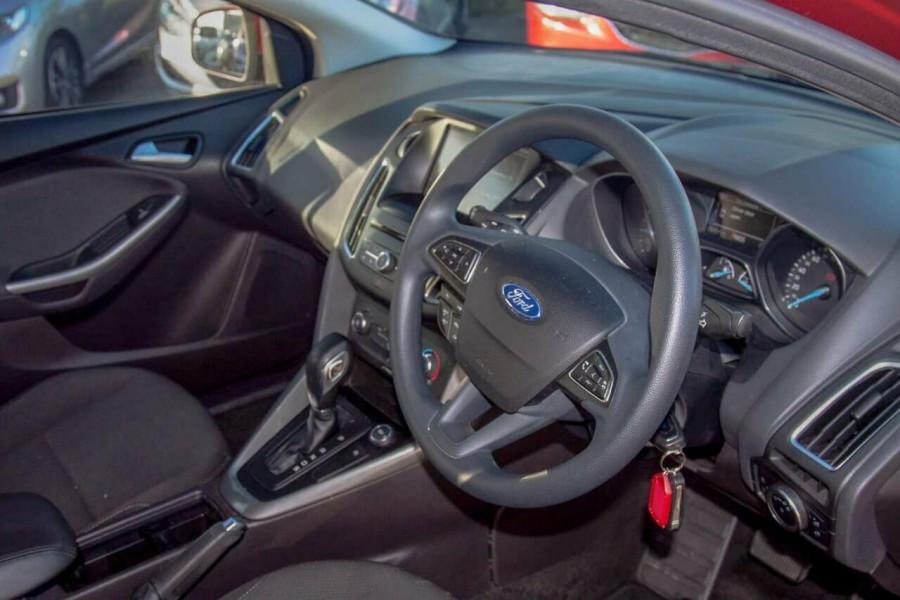 2016 Ford Focus LZ Trend Hatchback Image 6
