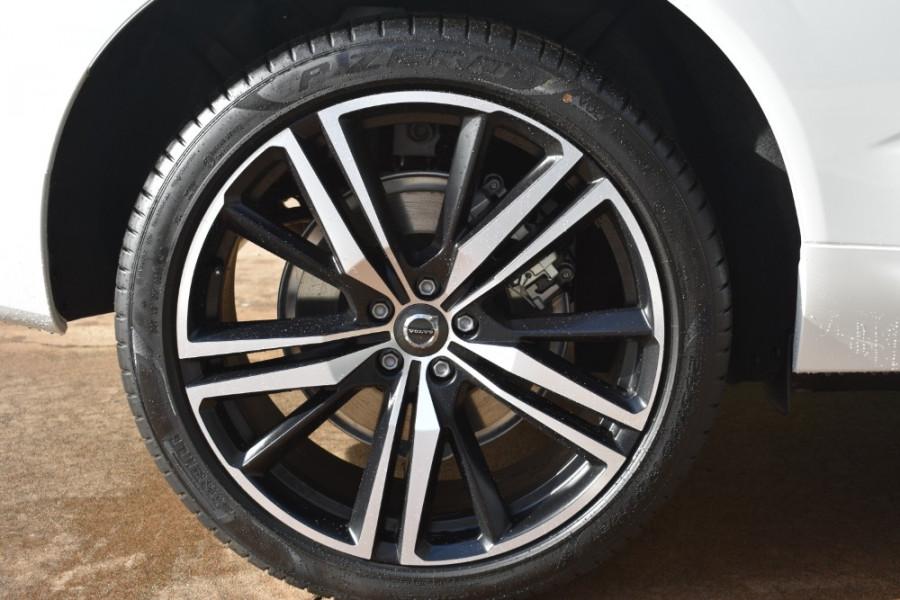 2018 MY19 Volvo XC60 UZ D5 R-Design Suv Mobile Image 8
