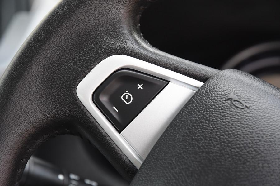 2012 Renault Megane III B32 MY12 Privilege Hatchback Image 11