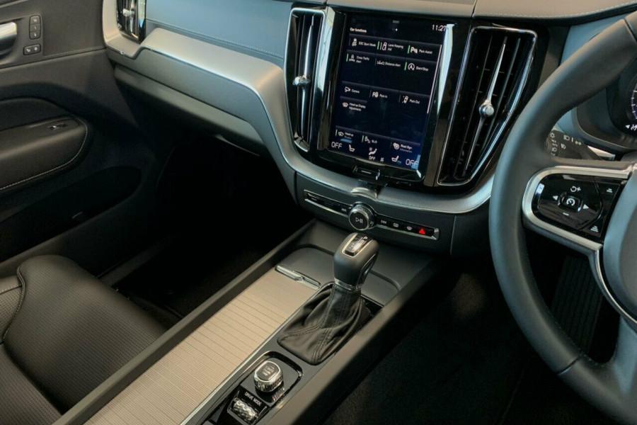2018 Volvo XC60 UZ D4 Inscription (AWD) Suv Mobile Image 14