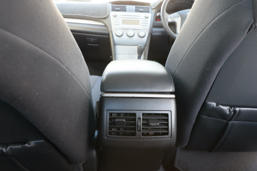 2007 Toyota Aurion GSV40R AT-X Sedan Image 8