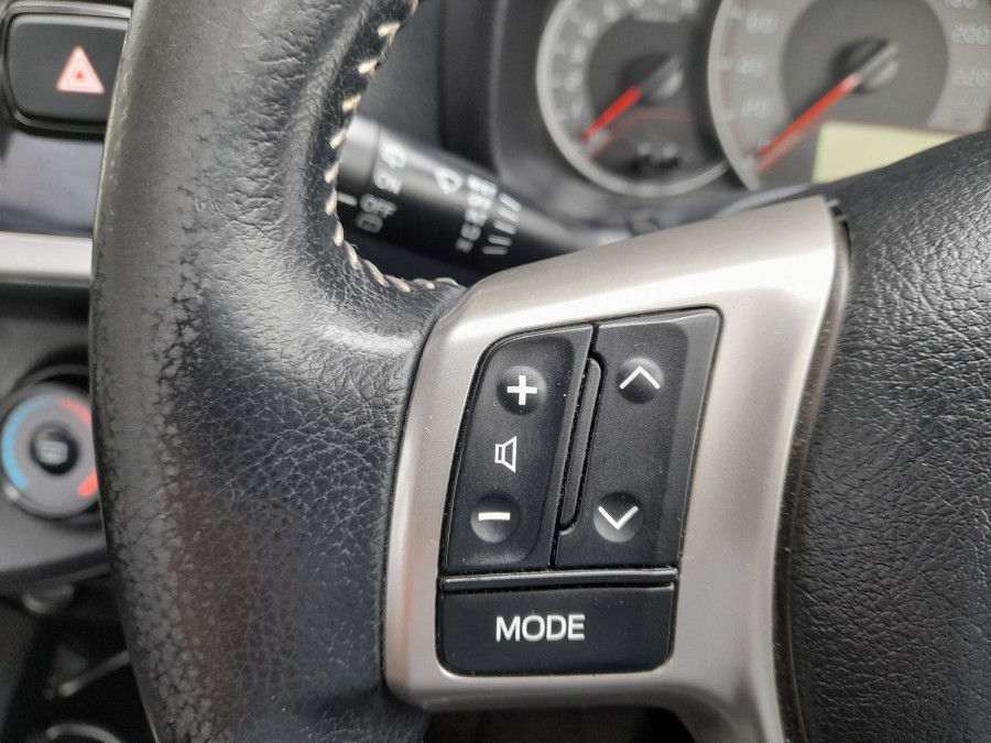 2016 Toyota Yaris NCP131R SX Hatchback Image 11