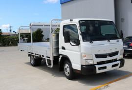 Fuso Canter TRADIE TRAY 515 WIDE CAB TRADIE TRAY