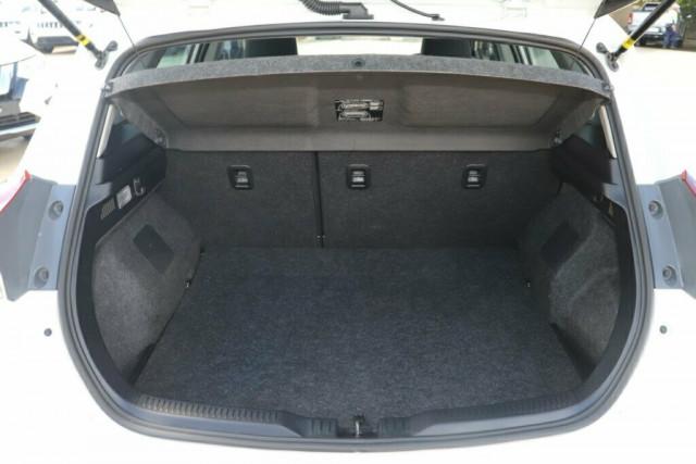 2018 Toyota Corolla ZRE182R Ascent Hatchback Image 9