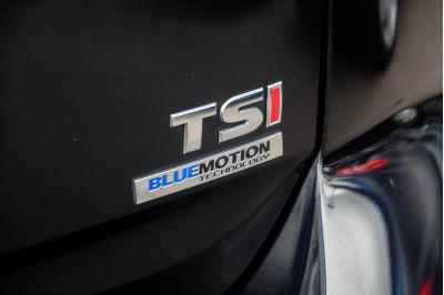 2013 Volkswagen Golf 7 90TSI Hatchback Image 5