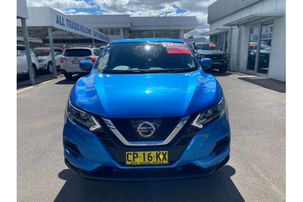 2017 Nissan QASHQAI J11 ST Suv Image 2