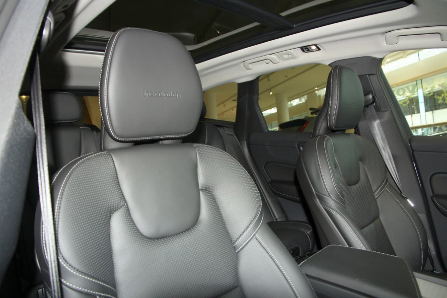 2019 MY20 Volvo XC60 UZ D4 Inscription Suv Image 6