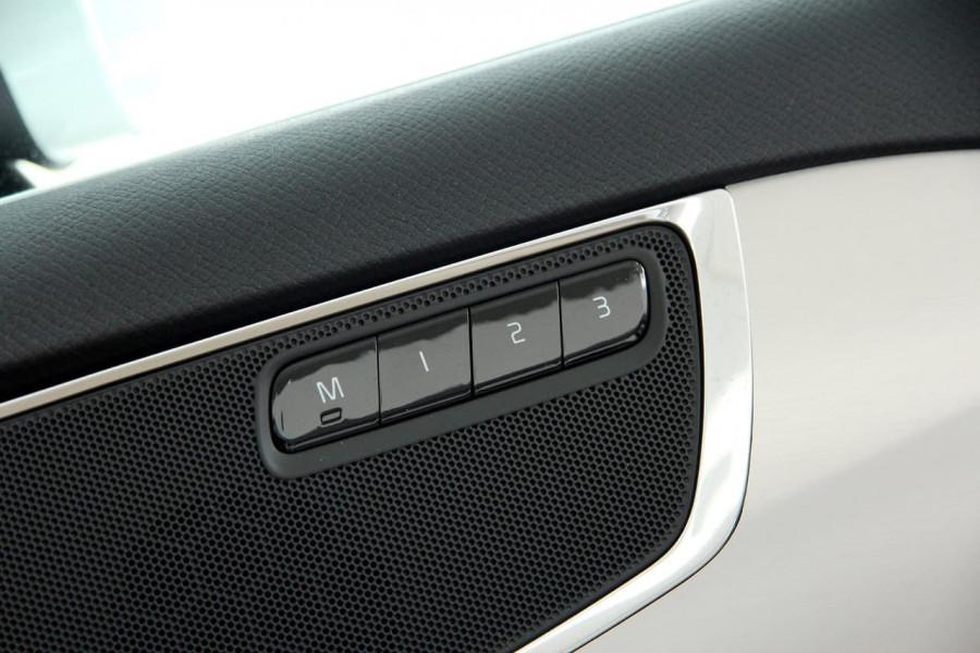 2018 MY19 Volvo XC90 L Series D5 Momentum Suv Mobile Image 14
