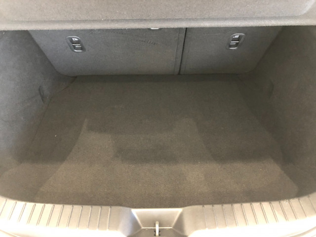 2019 Mazda 300n6h5g25e MAZDA3 N 1 Hatch Mobile Image 16