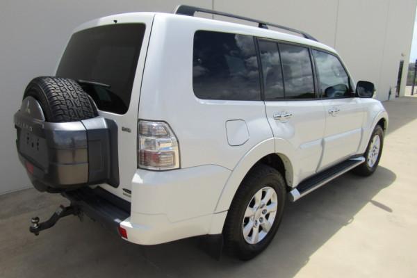 2011 MY12 Mitsubishi Pajero NW MY12 GLX Suv Image 3