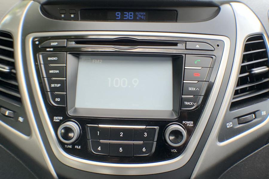 2015 Hyundai Elantra MD3 SE Sedan Image 9
