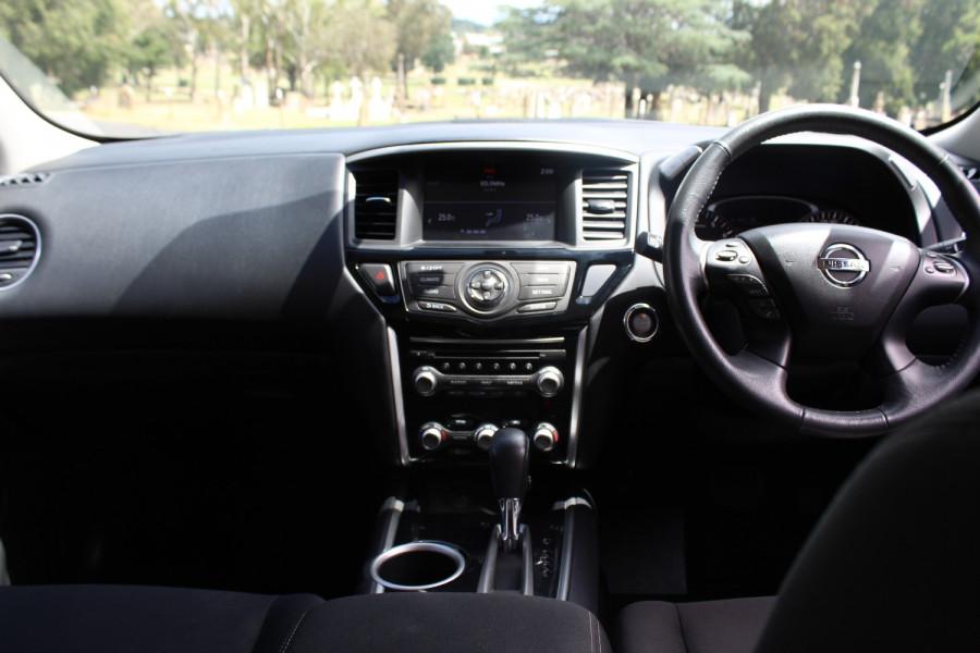 2017 Nissan Pathfinder R52 Series II ST Suv