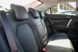 2013 MG MG6 IP2X Magnette S Sedan image 5