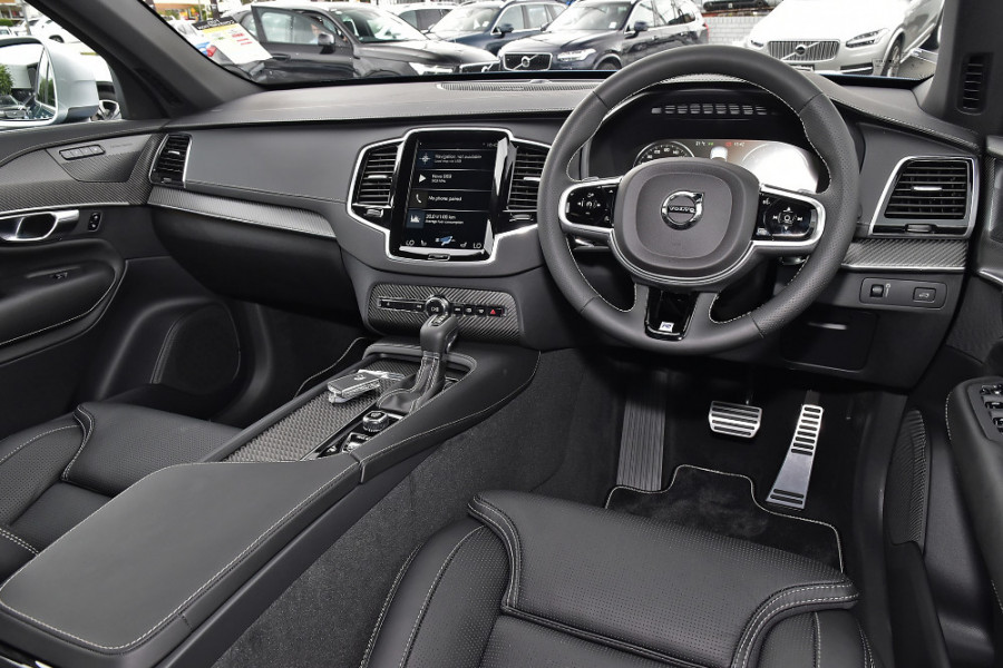 2018 MY19 Volvo XC90 L Series D5 R-Design Suv Mobile Image 7