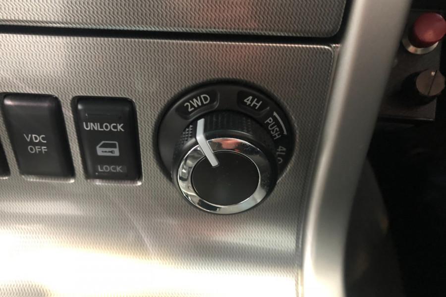 2012 Nissan Navara D40 S6 MY12 ST Utility Image 20