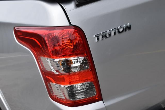 2016 Mitsubishi Triton Exceed