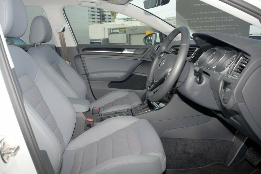 2017 MY18 Volkswagen Golf 7.5 110TSI Highline Hatchback