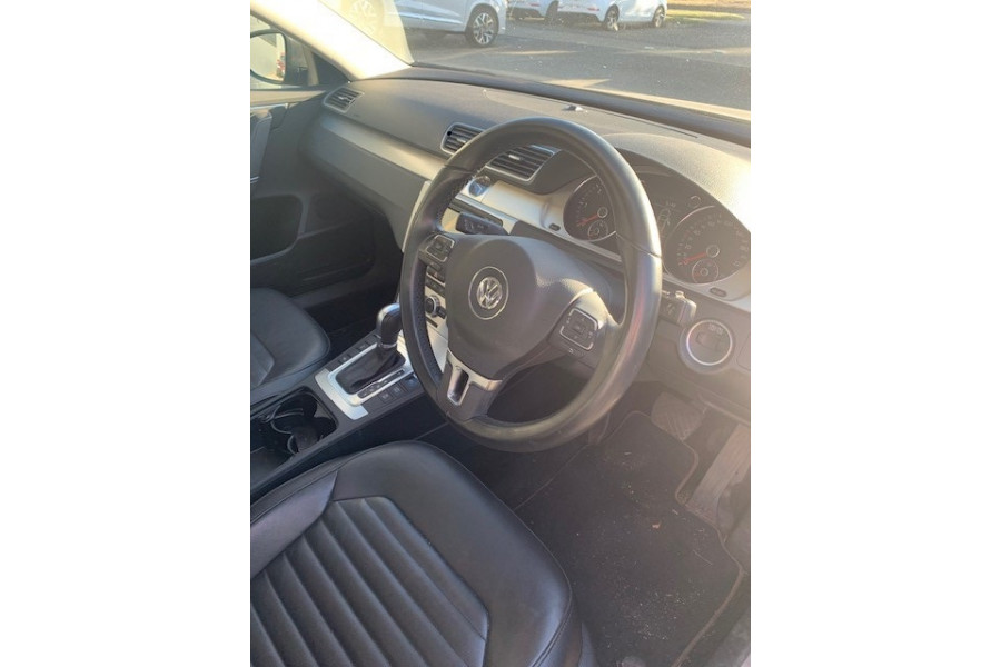 2014 MY15 Volkswagen Passat Type 3C  130TDI Highline Special 130TDI Highline - Special Model Sedan