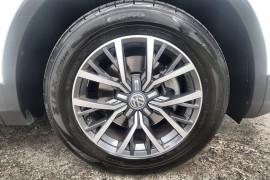 2017 Volkswagen Tiguan 5N MY17 110TSI Suv Image 2