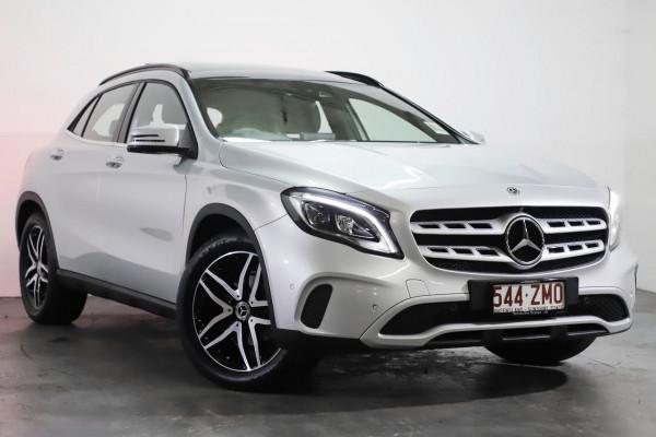 Mercedes-Benz Gla-class GLA180 X156