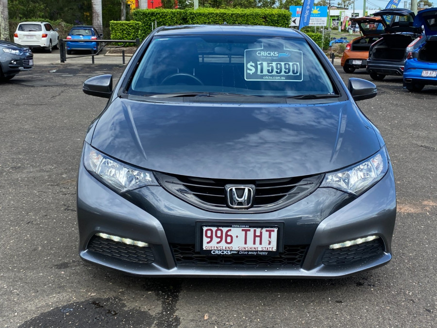 2013 Honda Civic 9th Gen  VTi-S Hatchback Image 8