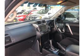 2016 Toyota Landcruiser Prado GDJ150R GXL Suv Image 3