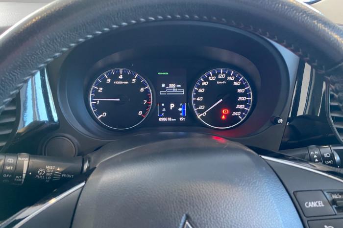 2018 MY19 Mitsubishi Outlander ZL MY19 ES Suv Image 20