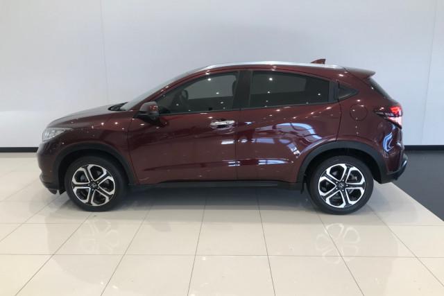 2015 Honda HR-V VTi-L Hatchback Image 3