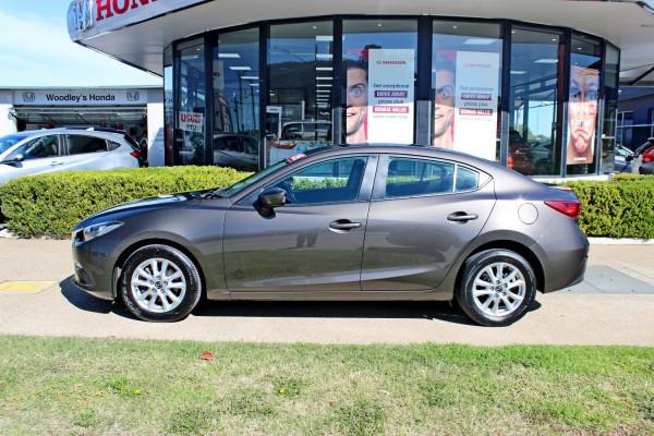 2015 Mazda Mazda3 BM5278 Neo Sedan Image 5