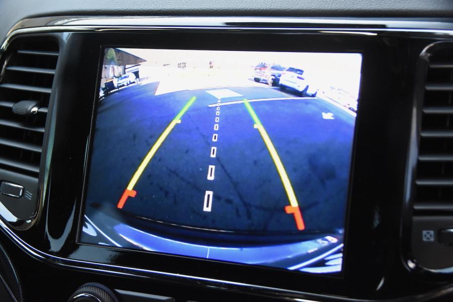 2019 Chrysler Grand Cherokee SRT 4x4 6.4L 8Spd Auto Wagon Image 17