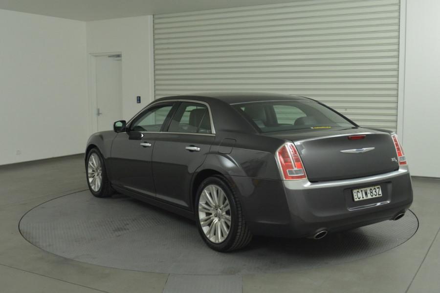 2012 MY13 Chrysler 300 LX C Sedan Mobile Image 6
