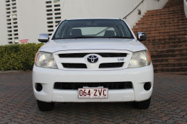 0000 MY05 Toyota HiLux GGN15R MY05 SR5 Dual cab Image 2
