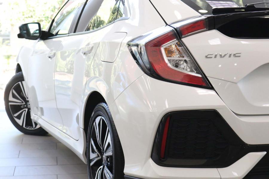 2017 Honda Civic 10th Gen  VTi Hatch Image 7