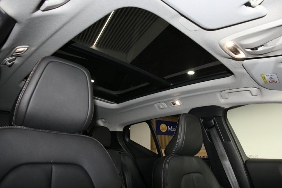 2019 MY20 Volvo XC40 536 MY20 T4 Momentum (FWD) Suv Image 11
