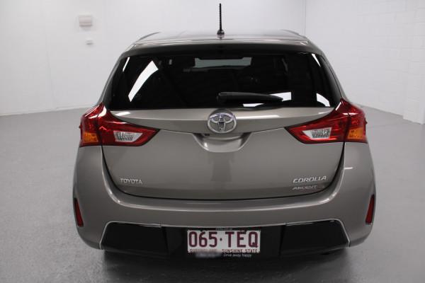 2013 Toyota Corolla ZRE182R Ascent Hatchback Image 3