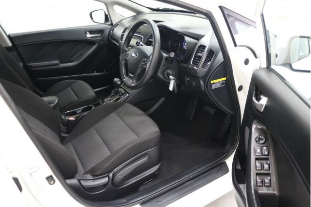 2016 MY17 Kia Cerato YD S Sedan Image 4